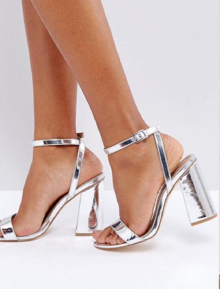 metaliczne sandały