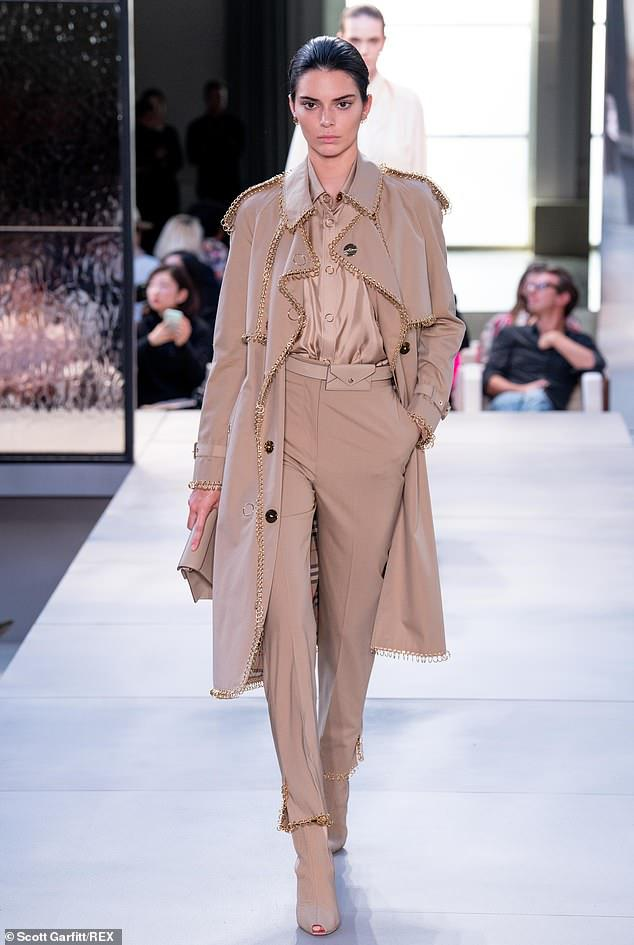 nude look moda wiosna 2019