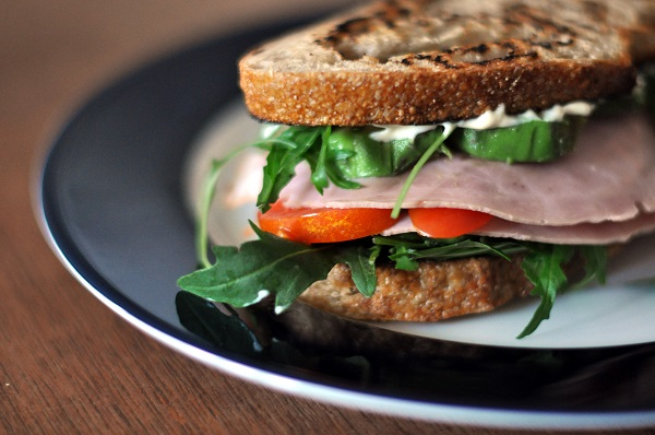 zdrowe odżywianie kanapka