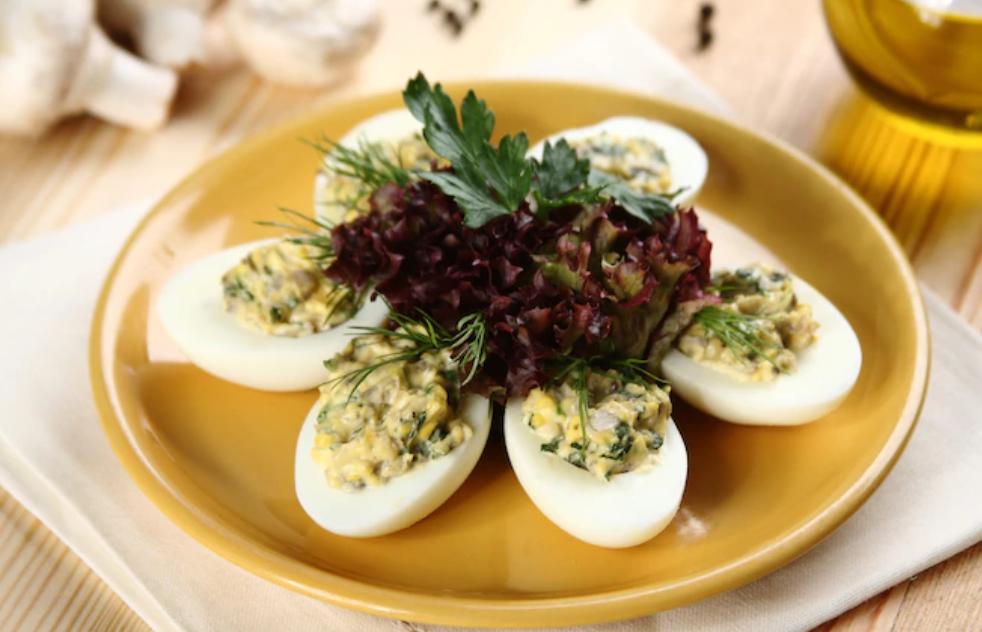jajka z pieczarkami wielkanoc 2020