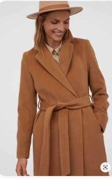 płaszcz zimowy z paskiem